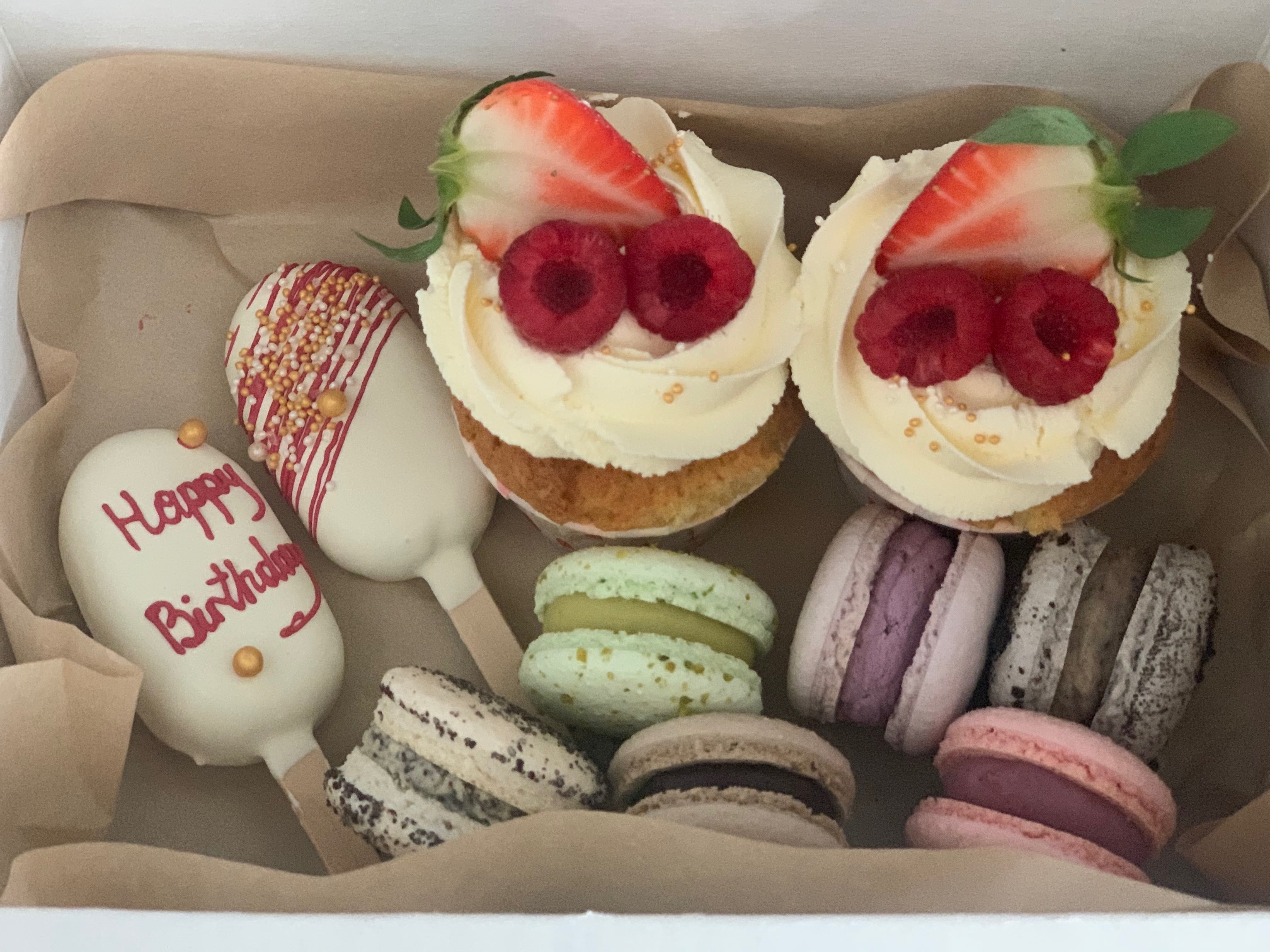 "Kuchen-Box ""Happy Birthday"""