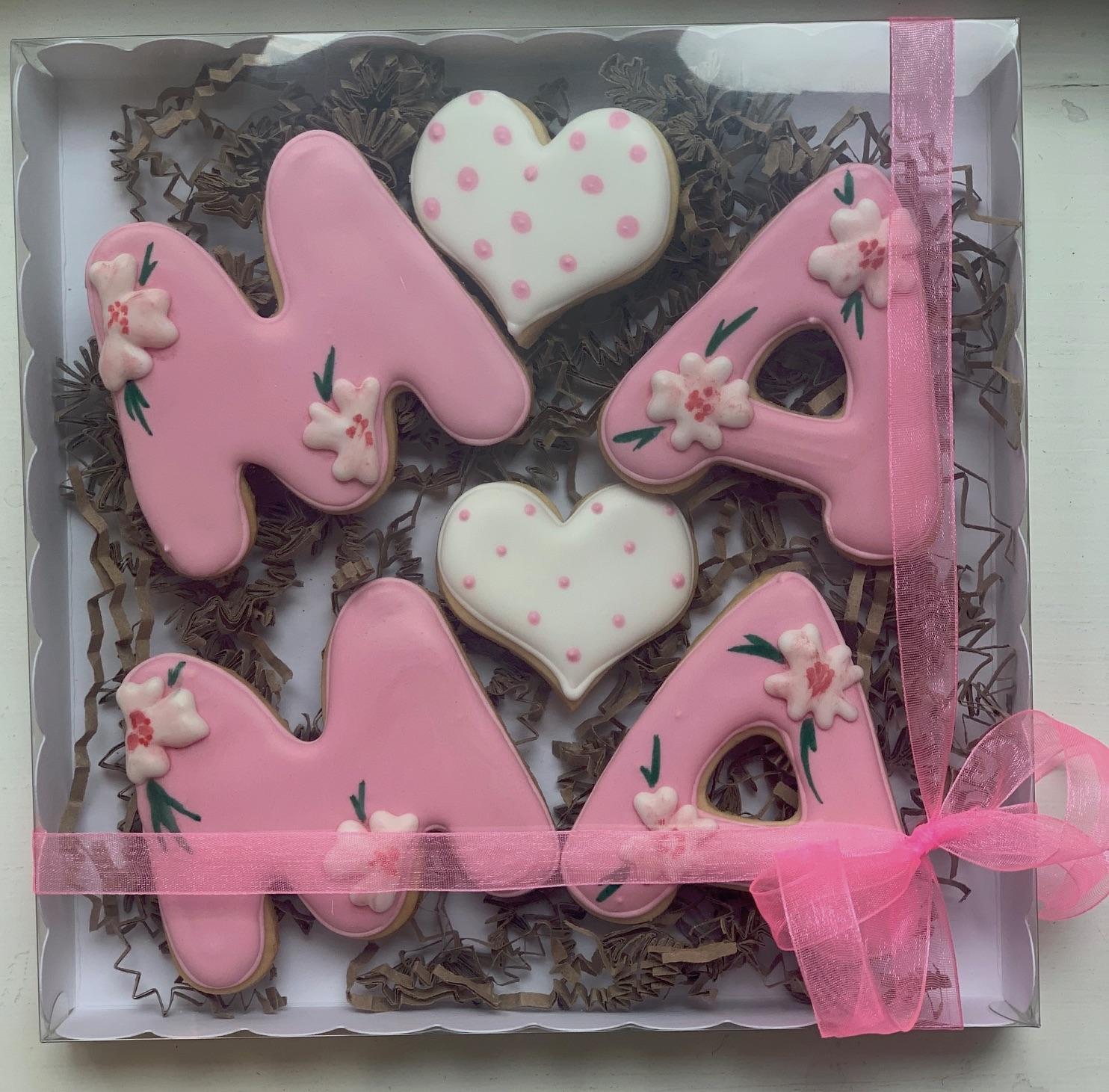"Keks-Set ""MAMA"" rosa mit Blumen"